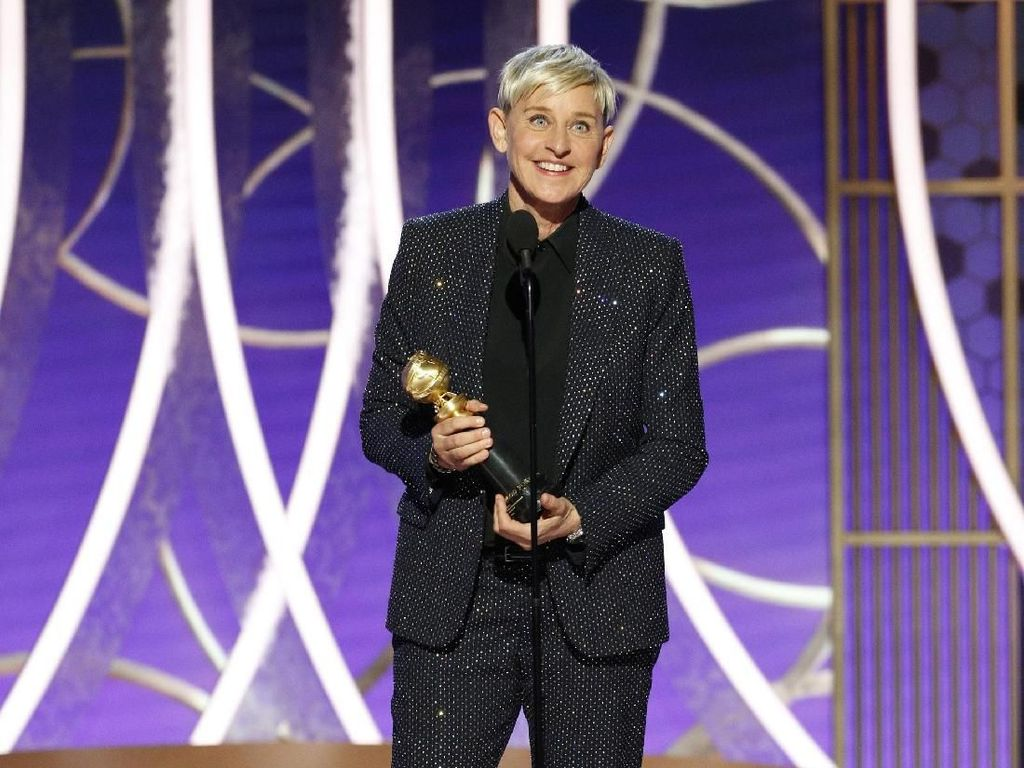 Usai Dituding Kejam, Ellen DeGeneres Bagi-bagi Duit untuk Fans