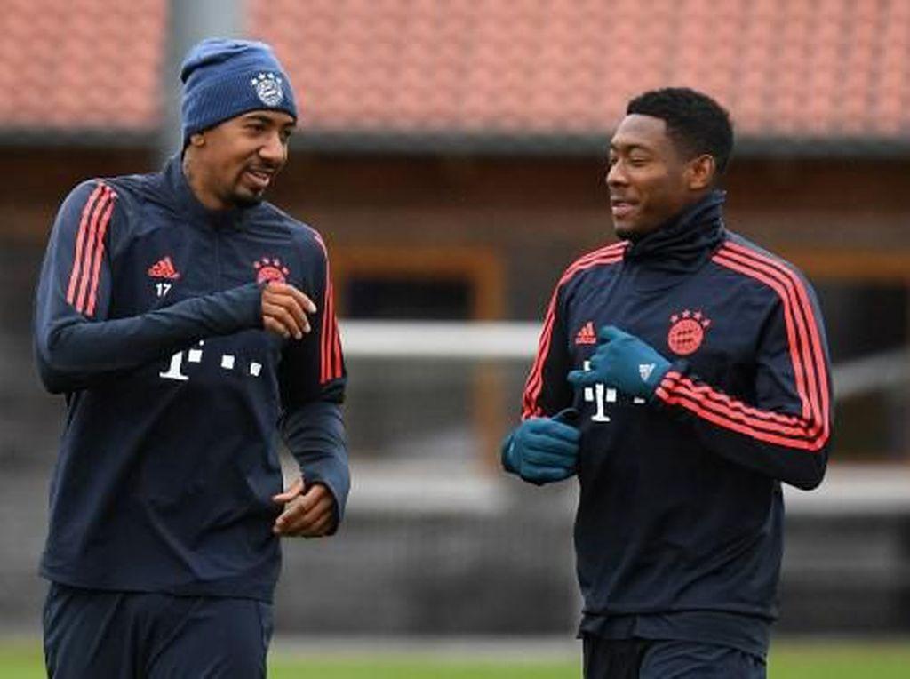 Bayern Munich Tak Restui Alaba dan Boateng ke Premier League
