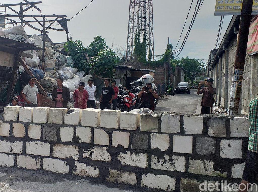 Pemkot Surabaya Kekeh Jalan yang Diblokir Warga Aset Pemerintah