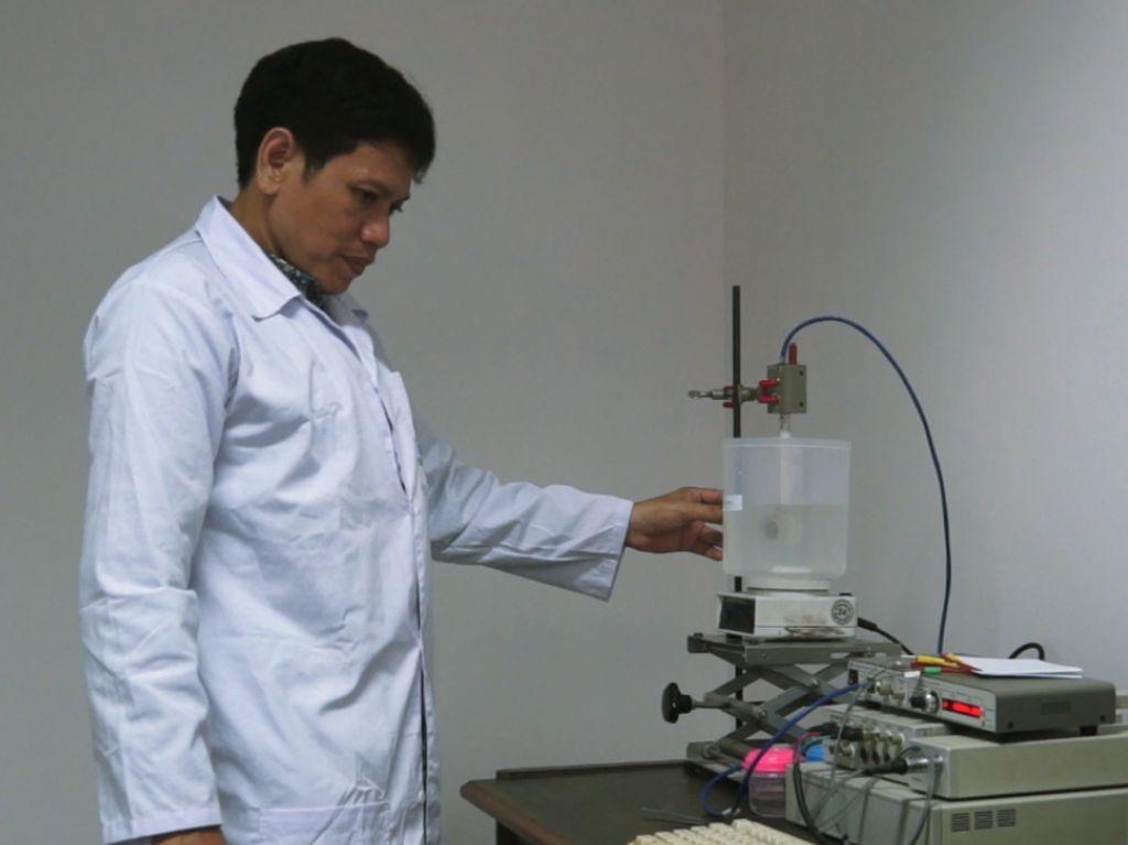 Dosen ITS Tengah Teliti Alat Pendeteksi Gelatin Babi
