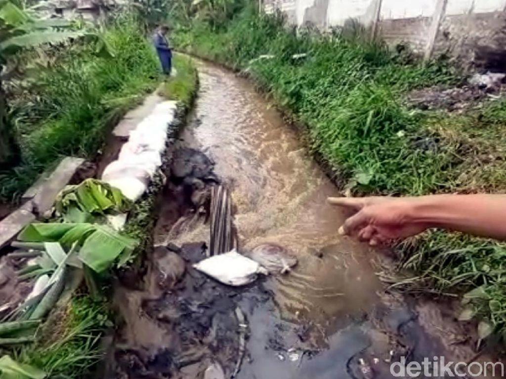 Saluran Irigasi Ambrol, 2 Rumah Warga di Sukabumi Sempat Terendam Banjir