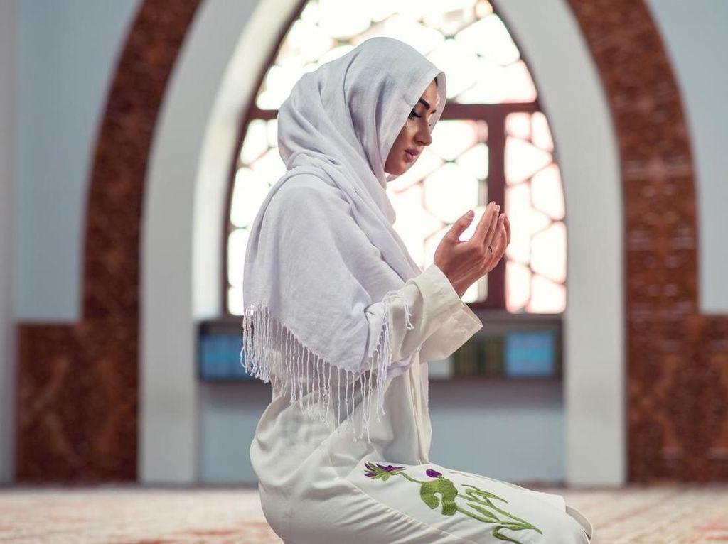 Baca Doa Anti Malas Ini, Biar Tak Mager dan Rezeki Dipatok Ayam