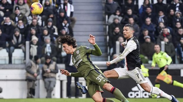 Cristiano Ronaldo masih tampil kompetitif di usia nyaris 36 tahun.