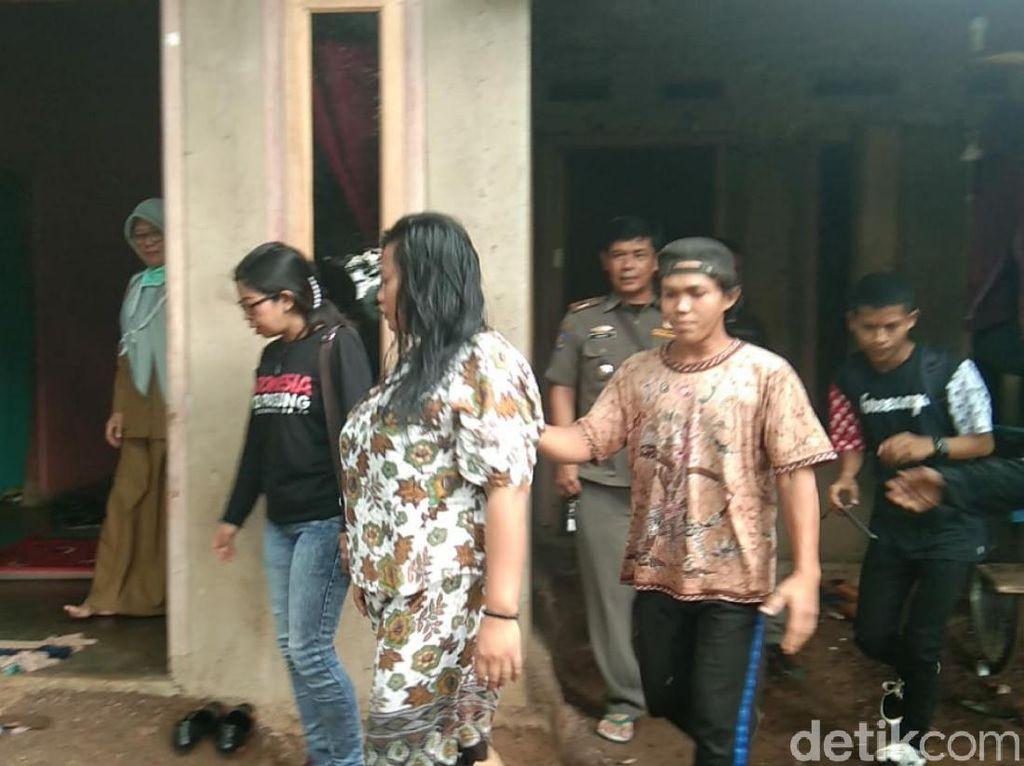 Dikurung Keluarga, 2 Orang Penderita Gangguan Jiwa di Cianjur Dibebaskan