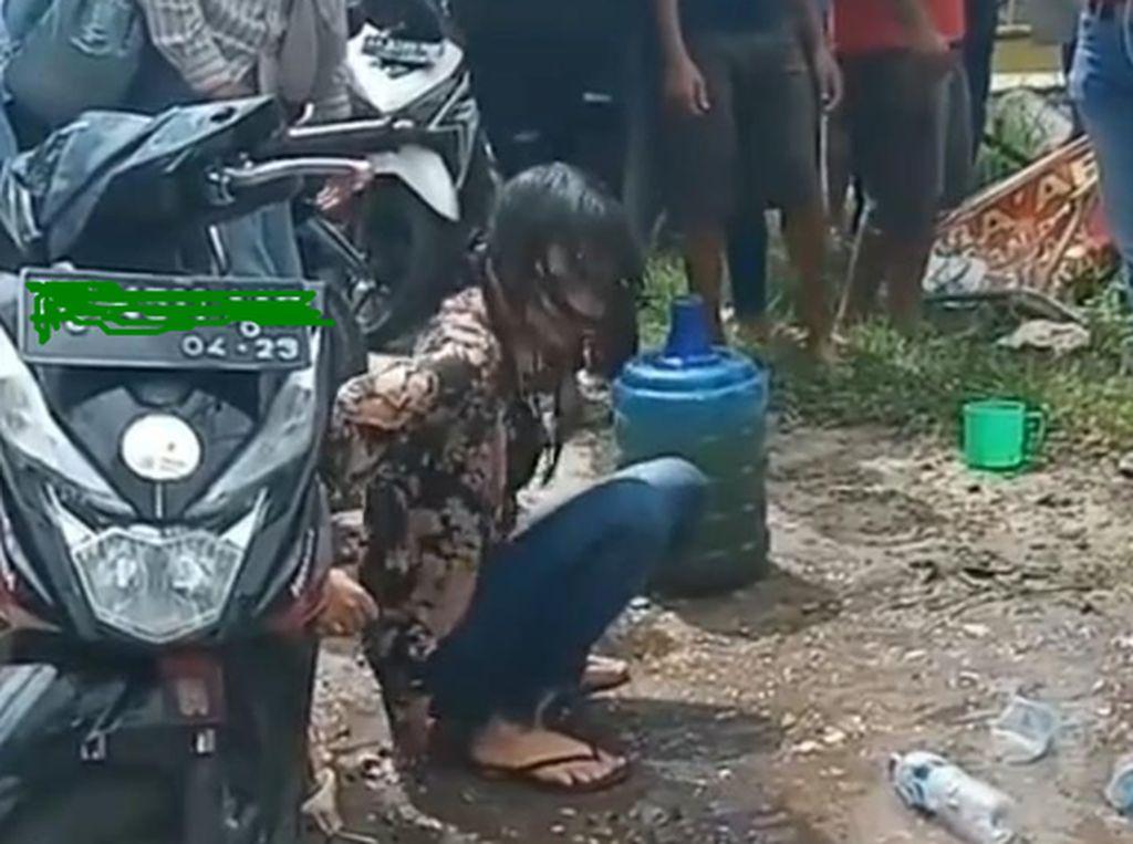 Wanita yang Geleng-geleng di Jalanan Pekanbaru dan Pacarnya Jadi Tersangka