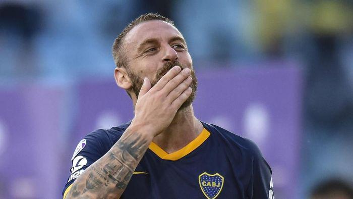 Daniele De Rossi resmi mengumumkan pensiun sebagai pesepakbola (Foto: Photo by Marcelo Endelli/Getty Images)