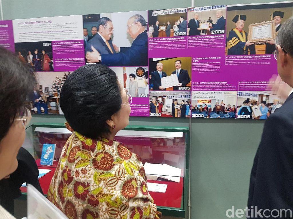 Prananda Prabowo Dampingi Megawati Terima Dr HC ke-9 di Tokyo