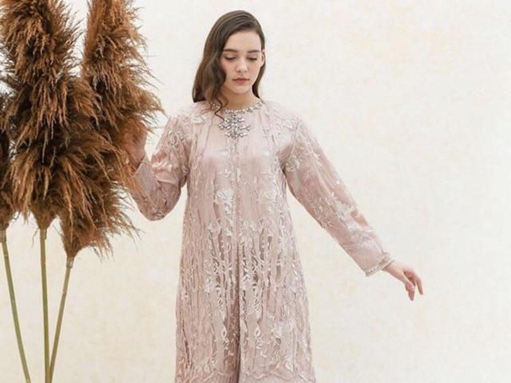 9 Rekomendasi Baju Lamaran di Bawah Rp 500 Ribu