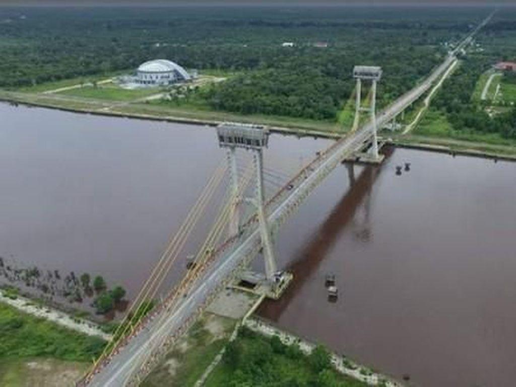 Mungkin Ini Jembatan Paling Ikonik di Siak