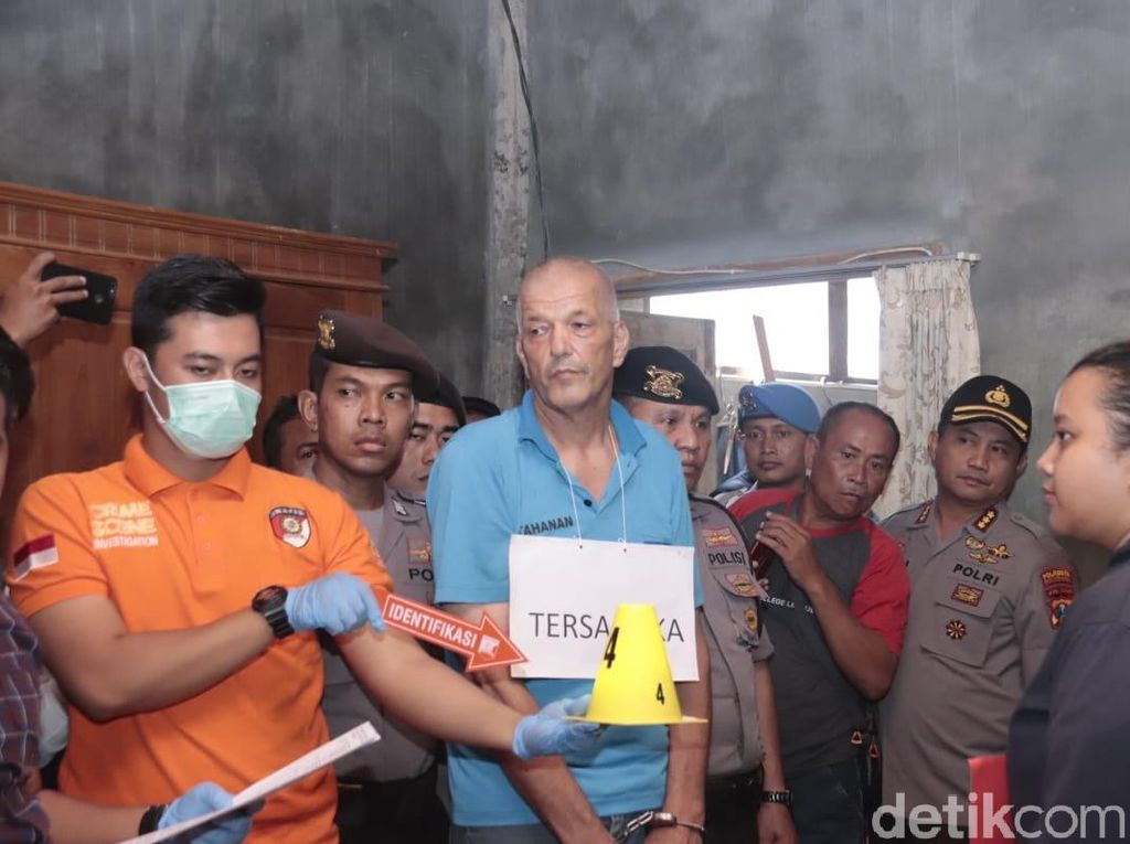 Pengacara Bule Belanda Keluhkan Rekonstruksi Pembunuhan