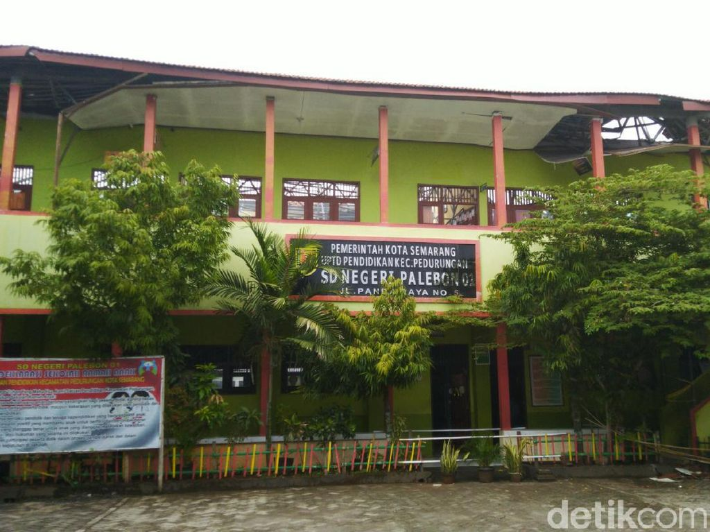 Tim Labfor Investigasi Robohnya Atap SDN Palebon 01 Semarang