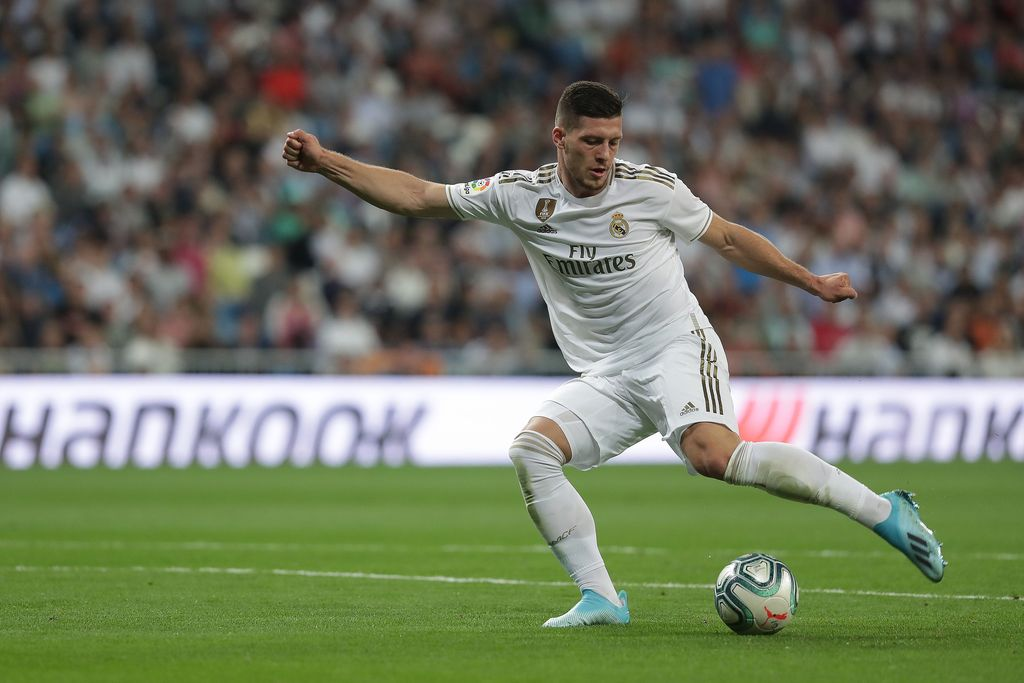 MADRID, SPAIN - SEPTEMBER 25: Luka Jovic of Real Madrid CF controls the ball during the Liga match between Real Madrid CF and CA Osasuna at Estadio Santiago Bernabeu on September 25, 2019 in Madrid, Spain. (Photo by Gonzalo Arroyo Moreno/Getty Images)
