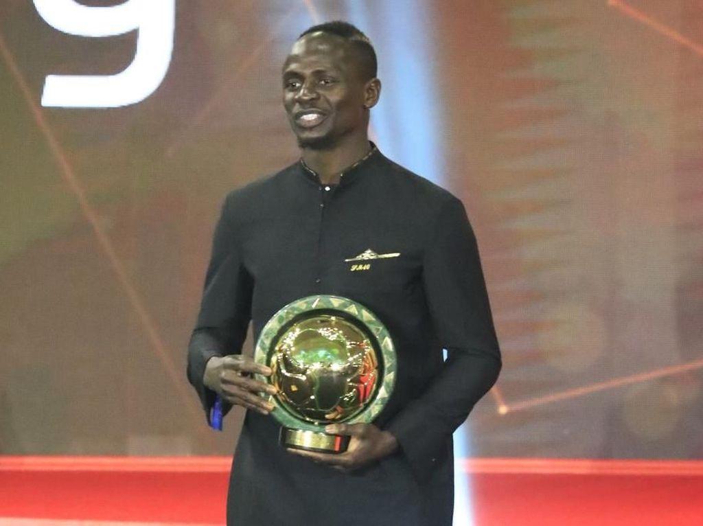 Kalahkan Salah, Sadio Mane Jadi Pemain Terbaik Afrika 2019