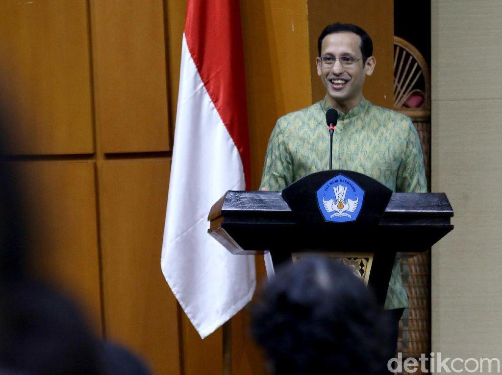 Mas Menteri Nadiem, Kurikulum Darurat Bikin Bingung Guru hingga Dewan