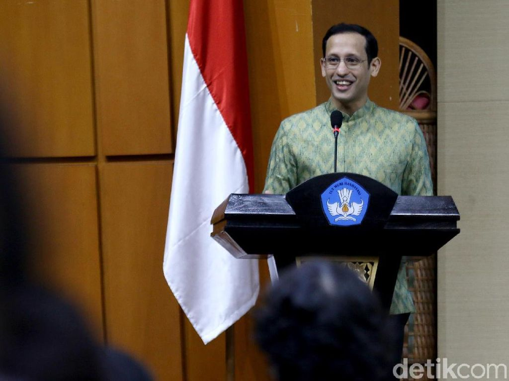 Kisruh Organisasi Penggerak Kemdikbud, PAN Minta Jokowi Copot Nadiem