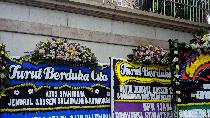 Karangan Bunga Duka Atas Tewasnya Soleimani Berjejer di Kedubes Iran di Jakarta
