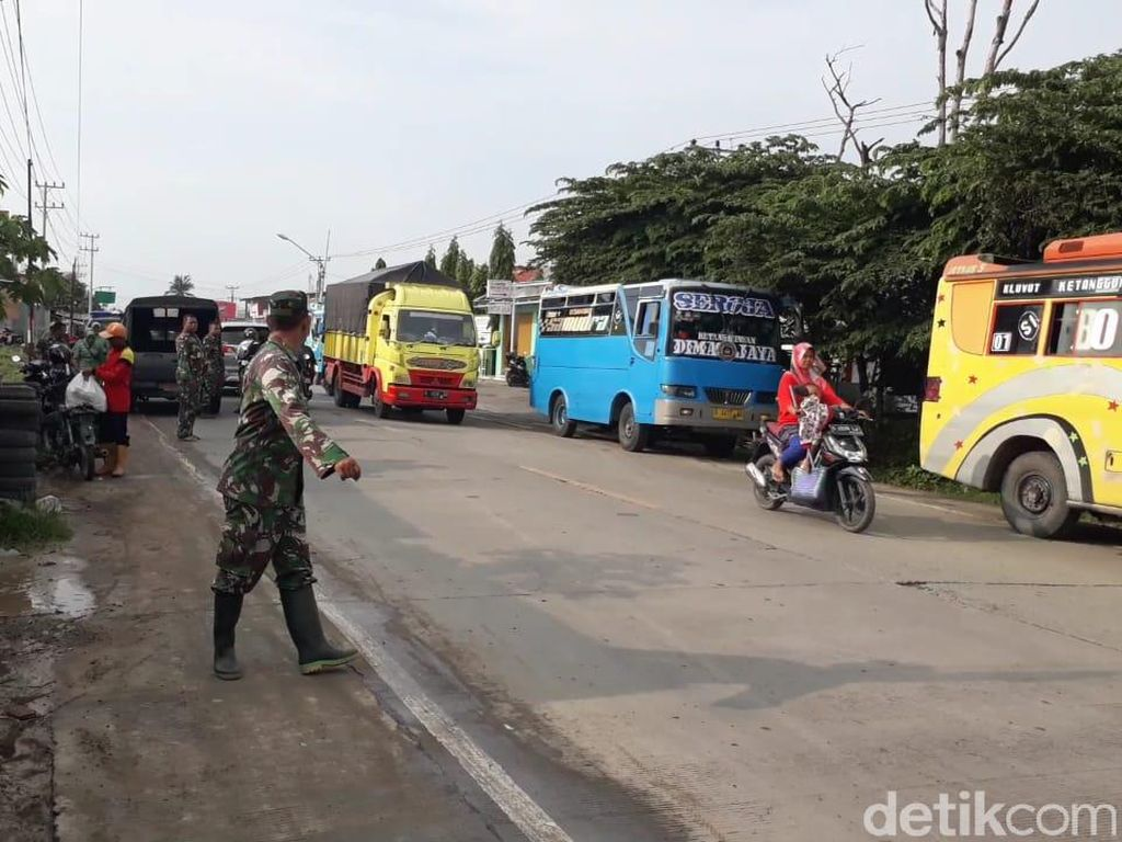 Banjir Surut, Jalan Raya Ketanggungan Brebes Kembali Normal