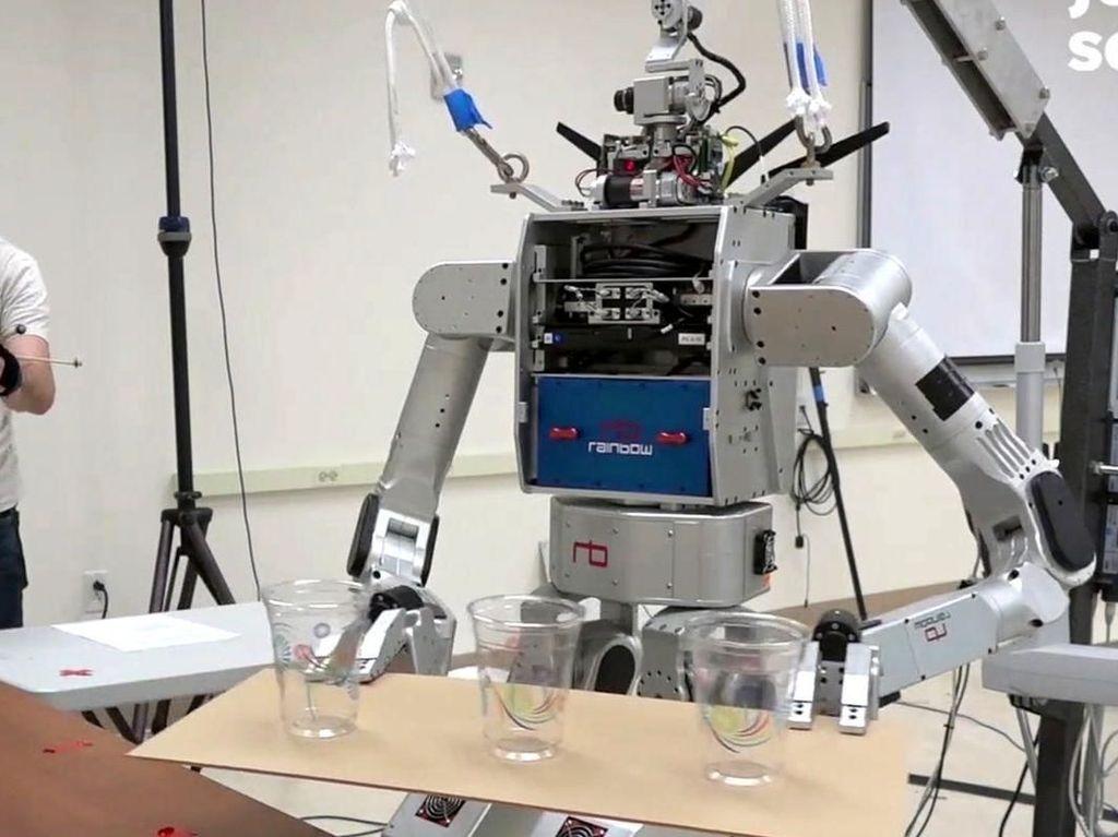 Super Canggih! 5 Robot Ini Jago Goreng Telur hingga Salad Buat Sarapan