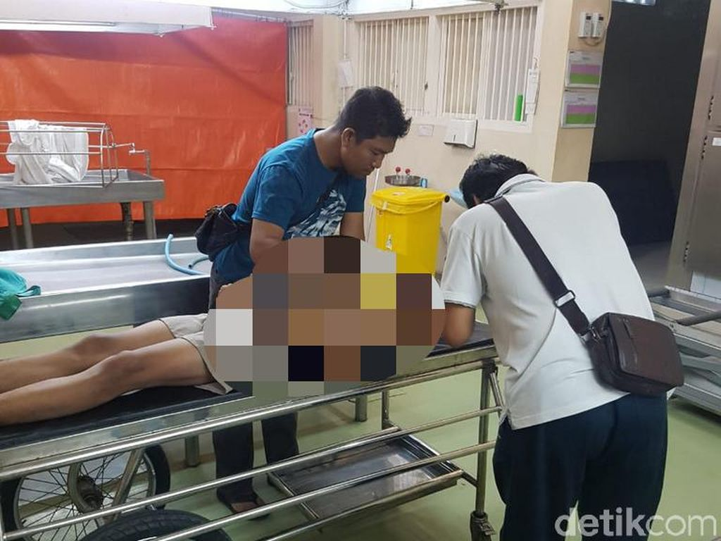 Seorang Suami di Surabaya Gantung Diri dengan Tali Pramuka
