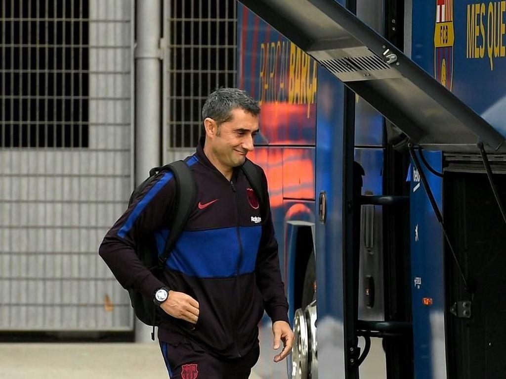 Bus Barcelona Nyasar di Arab Saudi, Valverde Telat ke Konferensi Pers