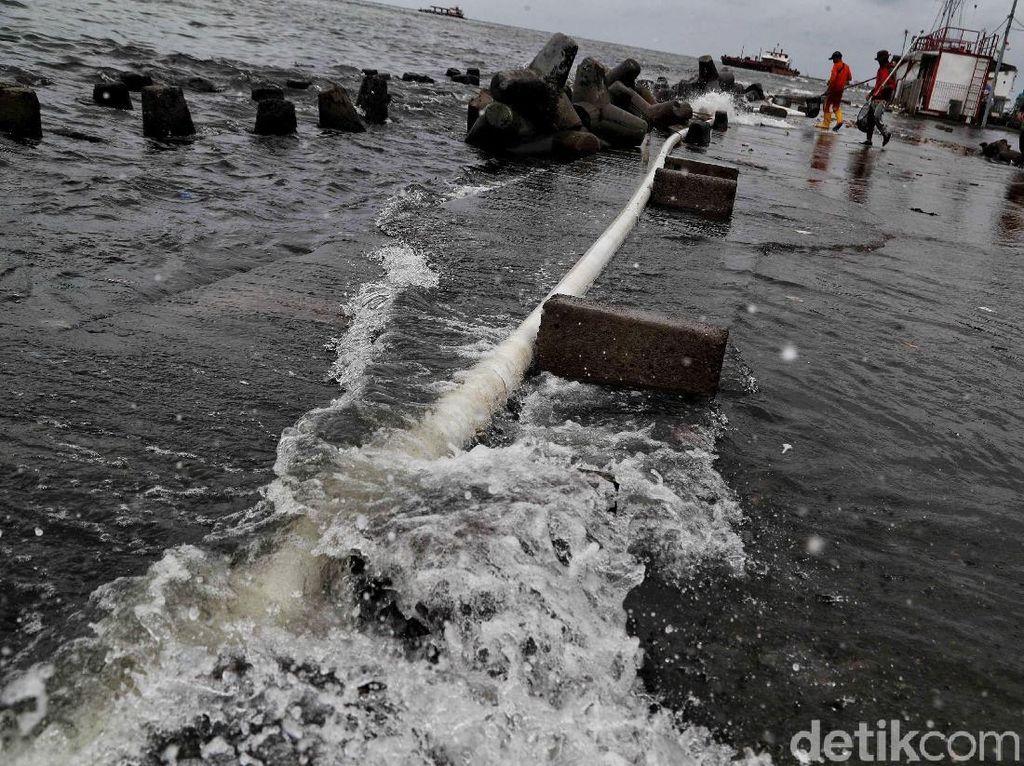 BMKG Prediksi Potensi Banjir Rob Terjadi Hingga 6 Juni, Warga Diminta Wapada