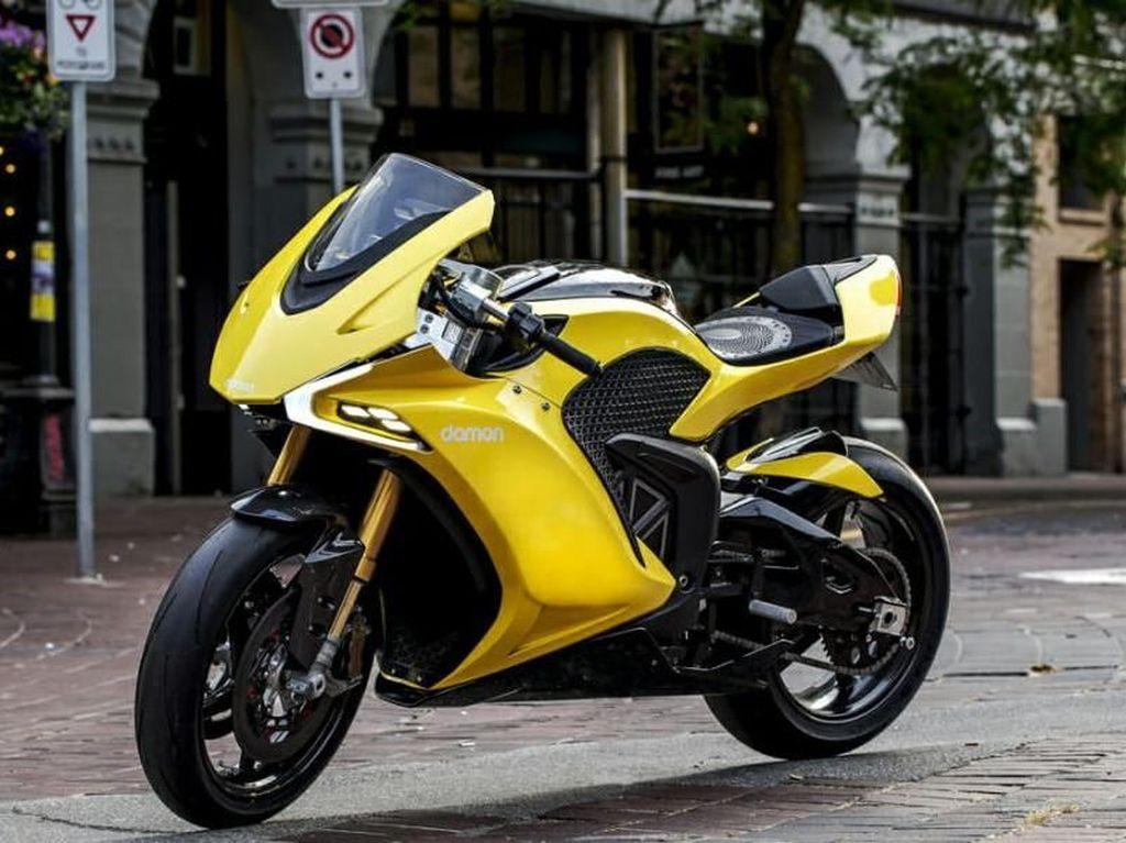 Lebih Dekat dengan Motor Sport Listrik yang Mirip Ducati
