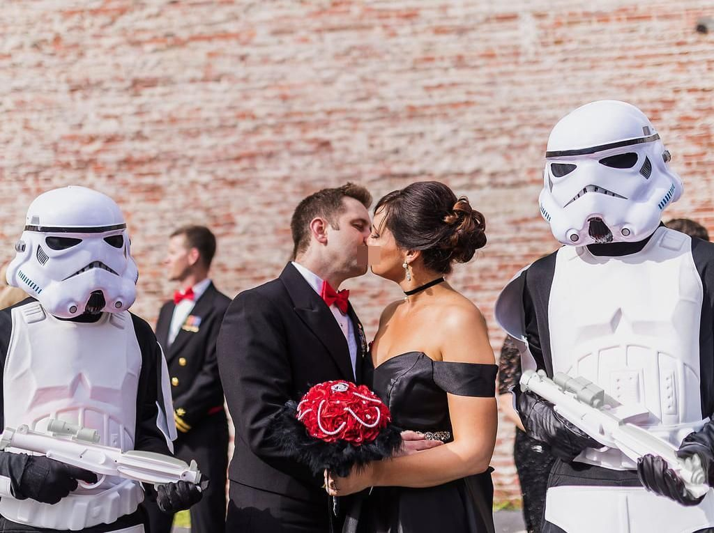 Foto: Inspirasi Pernikahan Ala Star Wars, Detailnya Bikin Kagum