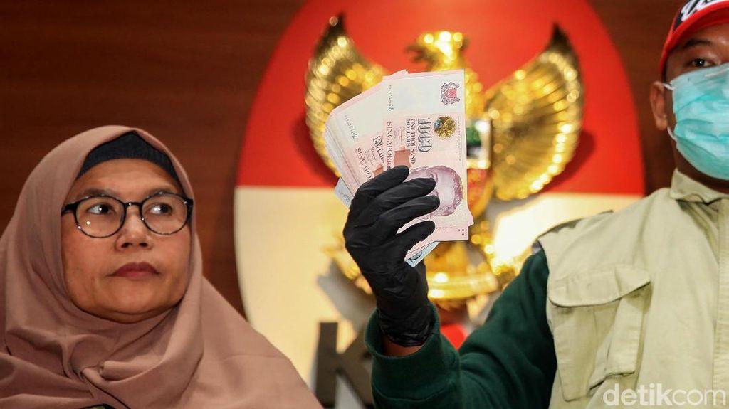 KPK Tunjukkan Uang Suap Komisioner KPU Wahyu Setiawan