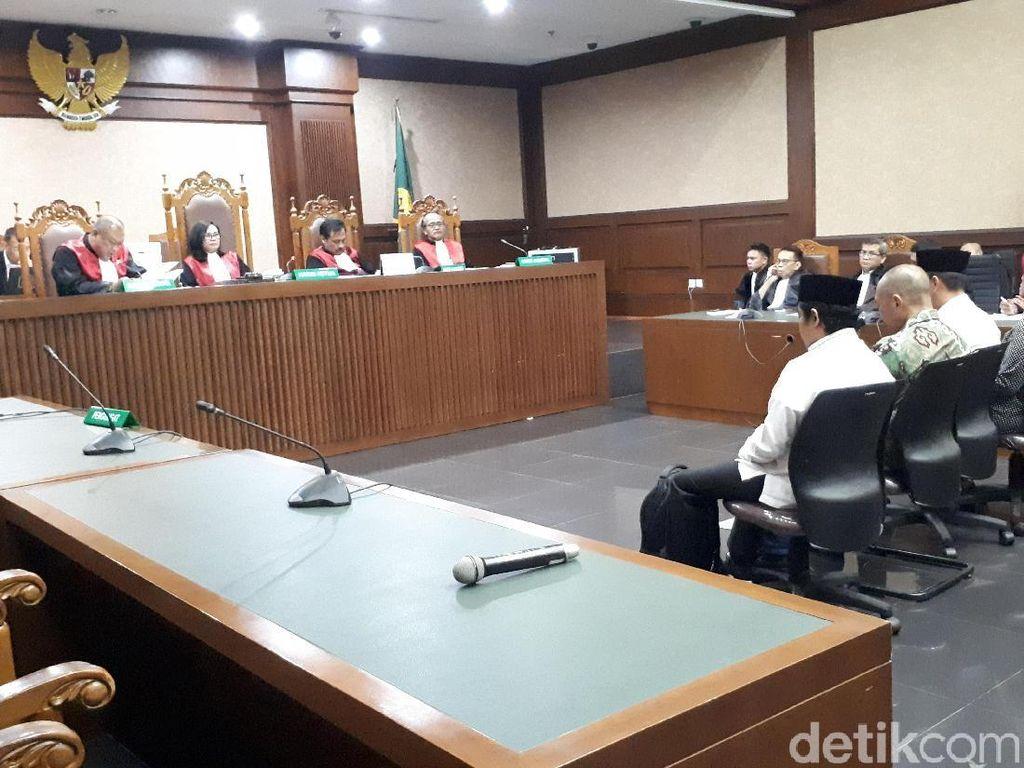 4 Eks Anggota DPRD Lampung Tengah Divonis 4 Tahun Penjara