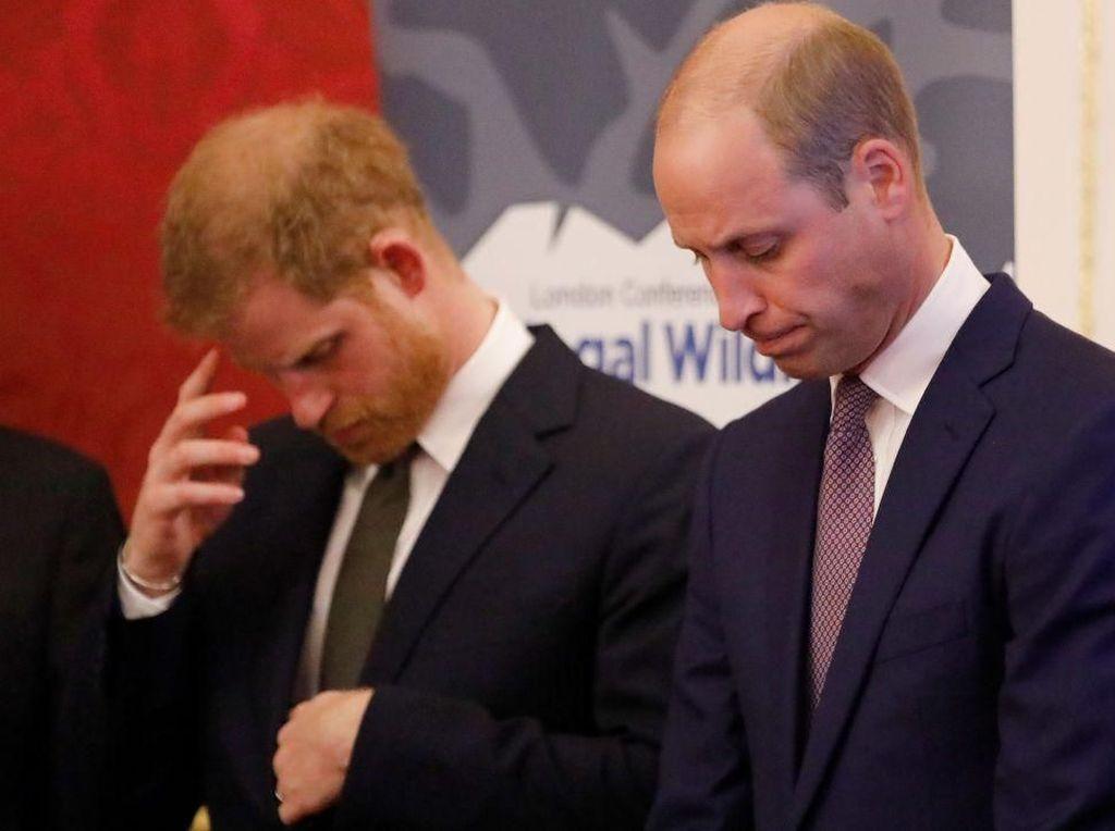 Pangeran William Bantah Sikapnya yang Disebut Mengekang Harry