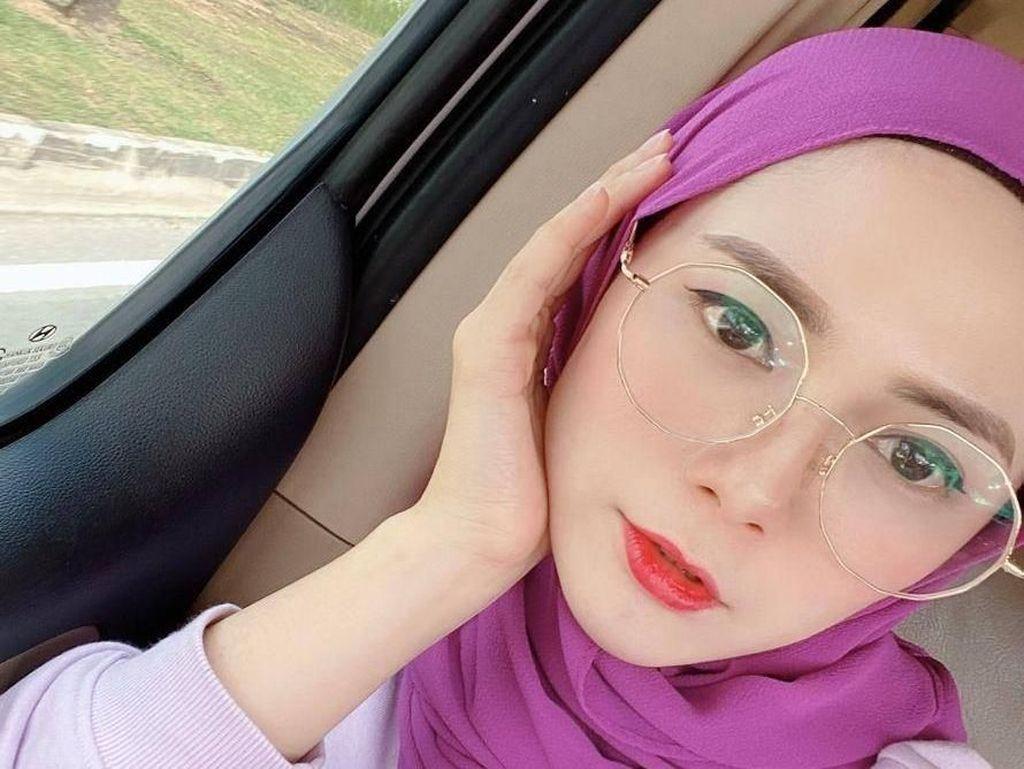 Potret Roslinda Embran, Gamer Cantik yang Raup Puluhan Juta dari Main PUBG