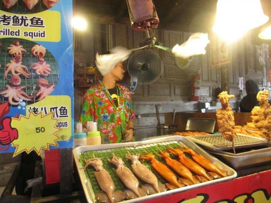 4 Rekomendasi Wisata Belanja di Thailand