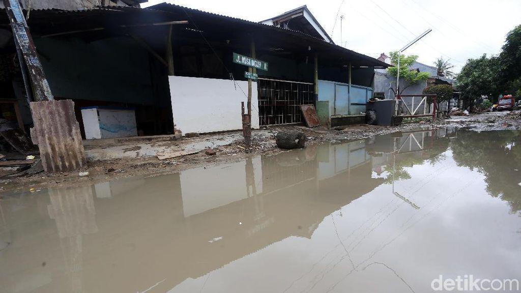 Pondok Gede Permai yang Belum Pulih Usai Banjir