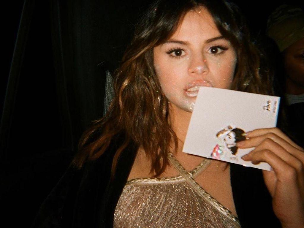 Rare - Selena Gomez: Lirik Lagu Lengkap dan Artinya