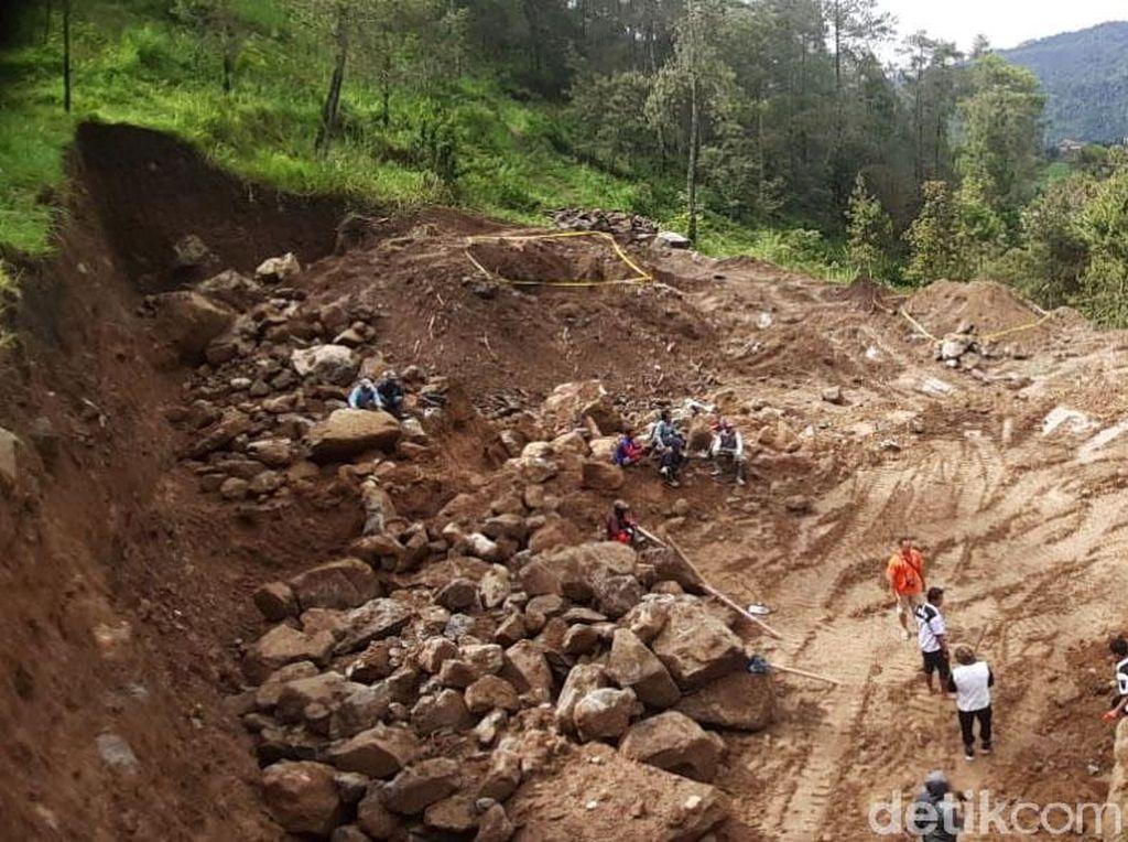 Ini Penjelasan Pelaksana Proyek Terkait Tudingan Merusak Hutan Lawu