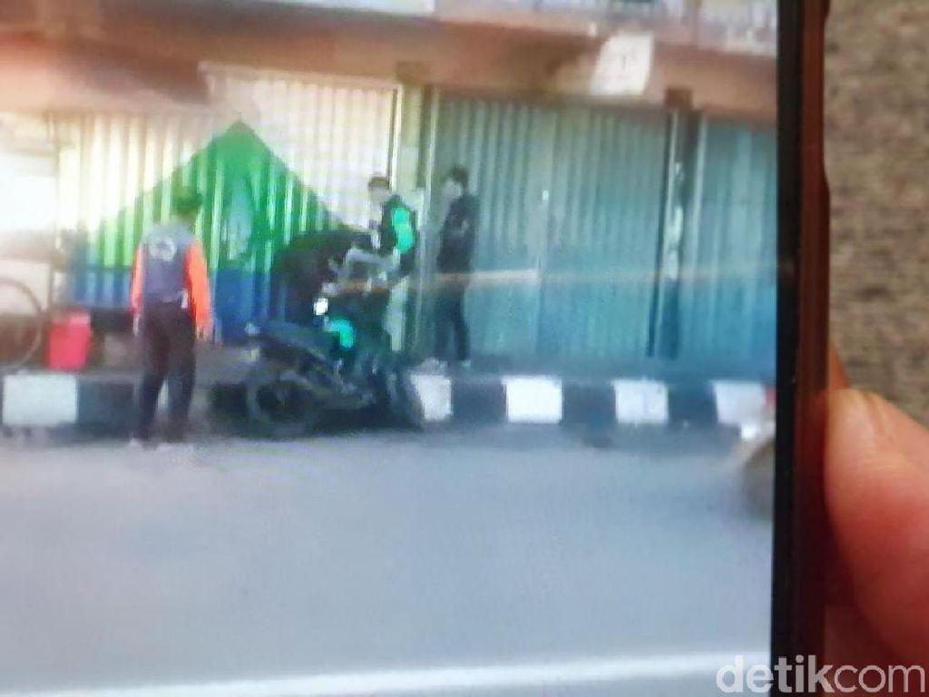 Polisi Tahan Tiga Driver Ojol yang Keroyok Pemuda Sukabumi