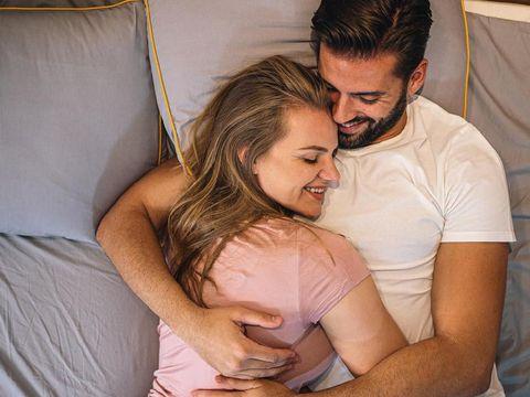 3 Hal Menarik Bersama Suami untuk Membangkitkan Libido