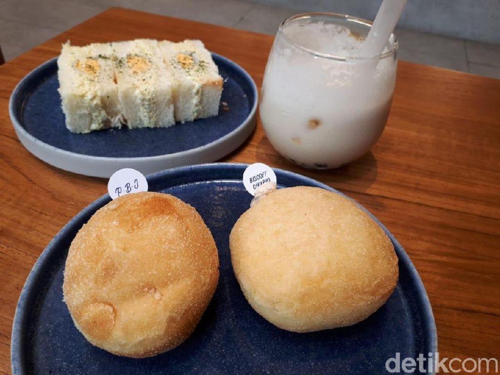 Haritts: Nyamm! Ini Donat Empuk Rasa Biscoff hingga PB&J dari Jepang