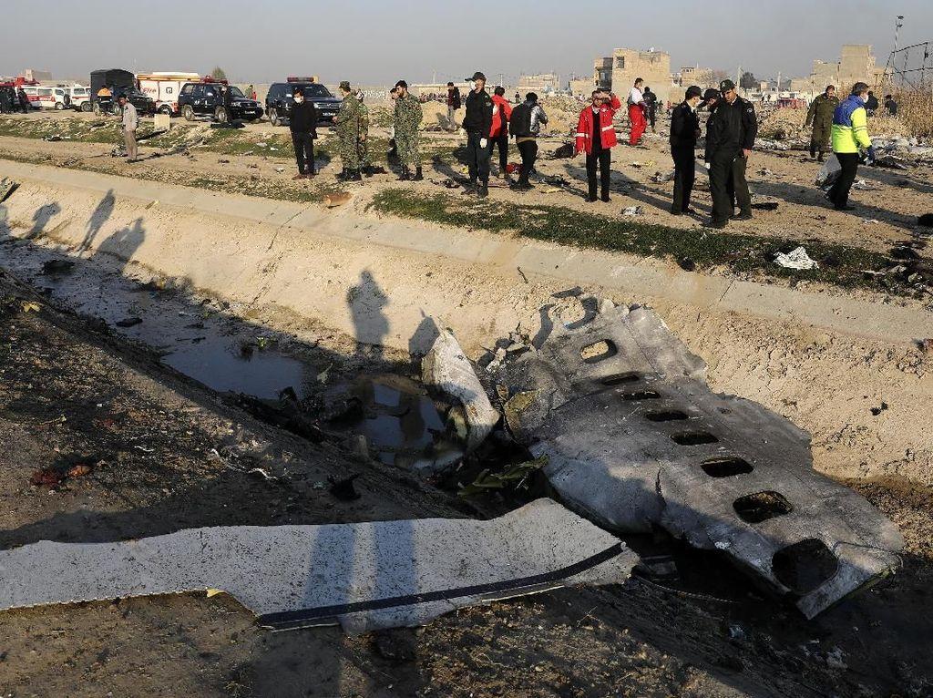 Iran Ingin Tangani Sendiri Kotak Hitam Pesawat Maskapai Ukraina