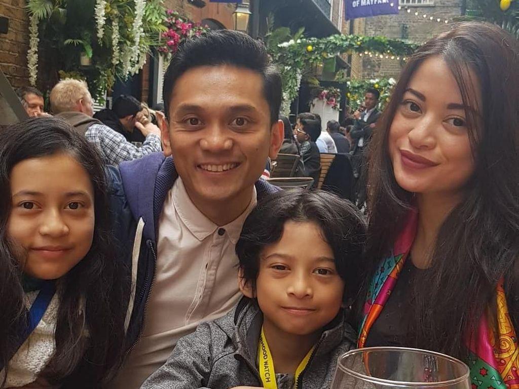 Angie Virgin Harap Prestasi Suami Sebagai Polisi London Harumkan Indonesia