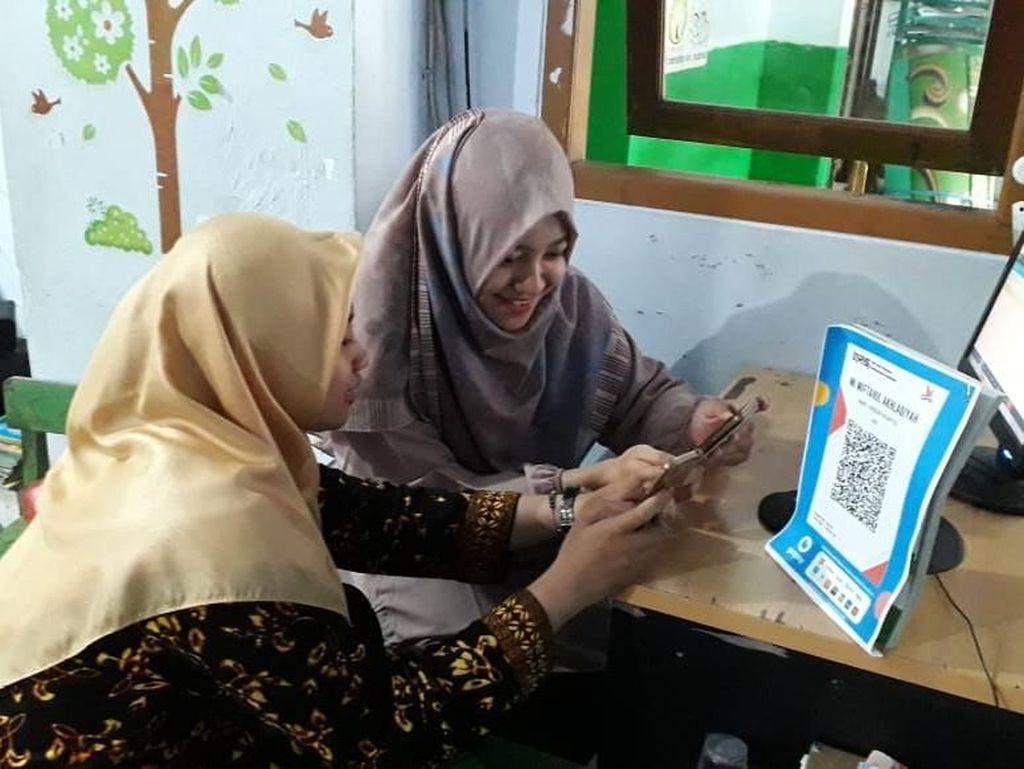 Usai Viral Bayar SPP Pakai GoPay, Madrasah Ini Kini Punya QRIS