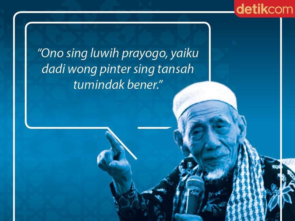 Mbah Moen: Luwih Prayogo Dadi Wong Pinter Sing Tansah Tumindak Bener