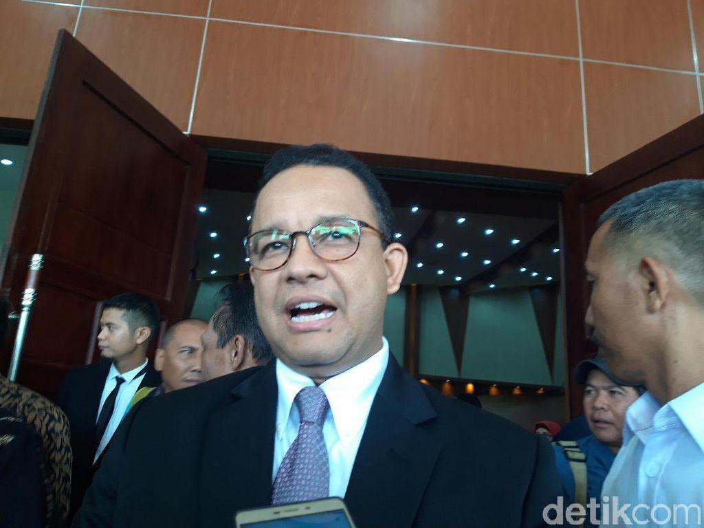 Mendagri Bisa Pecat Gubernur di Draf Omnibus Law, Anies Pilih Pasif