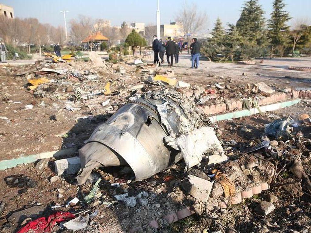 Rudal yang Diduga Jatuhkan Pesawat Ukraina: Meluncur Cepat dan Mematikan