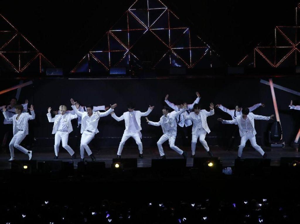 Super Junior Ungkap Kerinduan, Donghae sampai Bikin Surat Buat Fans