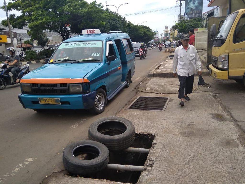 Cerita Pemilik Toko Ban soal Pencurian Penutup Gorong-gorong di Depok