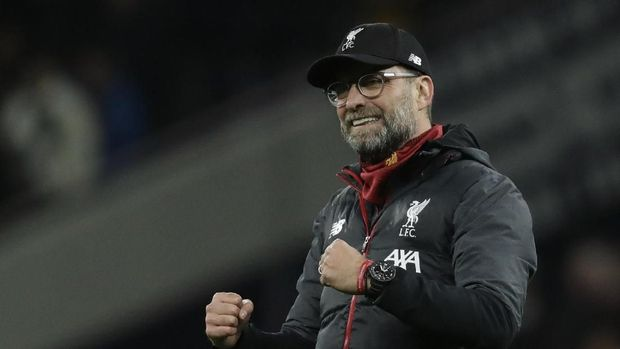 Liverpool's manager Jurgen Klopp celebrates at the end of the English Premier League soccer match between Tottenham Hotspur and Liverpool at the Tottenham Hotspur Stadium in London, England, Saturday, Jan. 11, 2020. Liverpool won 1-0. (AP Photo/Matt Dunham)