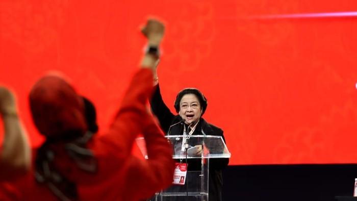 Megawati Tutup Rakernas