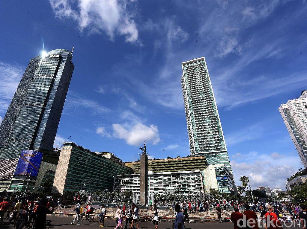 Diprediksi Hujan Ekstrem, Langit Jakarta Justru Cerah