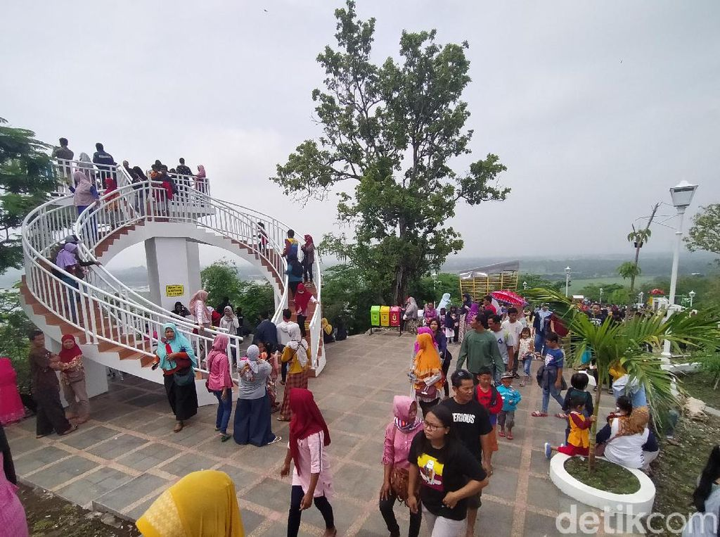 Bukit Sidoguro, Destinasi Wisata Klaten yang Sedang Hits